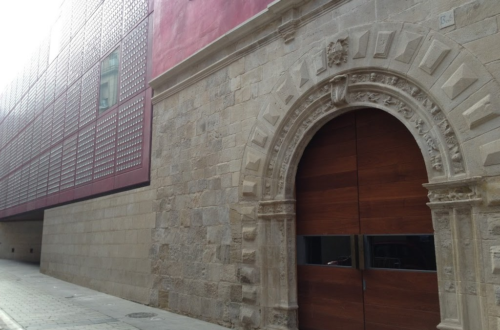 "A privileged visit in the ""soon to be"" Cultural Center of the Rioja"